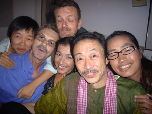 Mabuchi with Bangkok friends at Julian Spindler's 'white room' 2009 Photo by John Hail